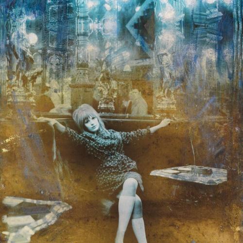 Marianne with Diamonds – Blue Diamonds 2017